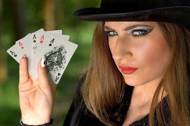 Millaisia rahapelejä aloittelijan kannattaa pelata netissä?